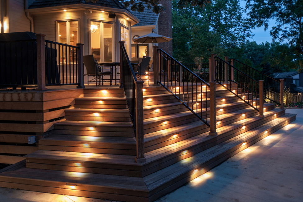 set-the-mood-this-winter-with-landscape-lighting-design
